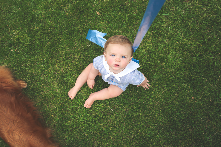 Baby portrait photos, baby tied to balloon, kid photography, first birthday photos,  first birthday, baby boy with dad, baby in grass