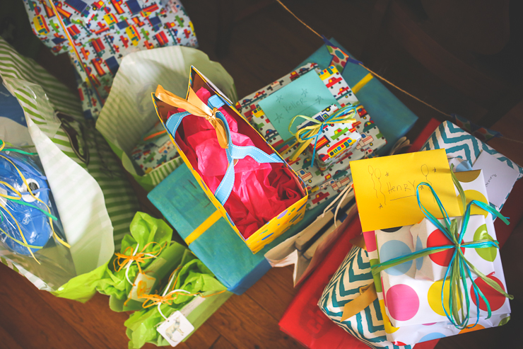 First birthday photography, first birthday photos, first birthday presents, fiesta party, tower of presents